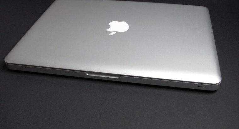 Apple MacBook Pro 13 inch Series